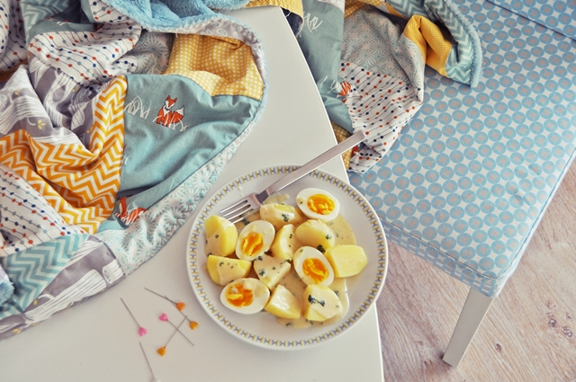 luzia pimpinella BLOG | DIY: patchwork decke mit dreicks-muster in grau-gelb -mint teil #2 | triangle quilt in grey-yellow-mint part #2