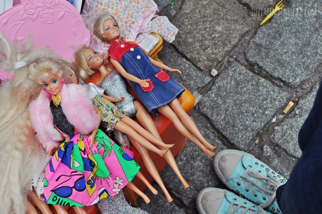 luzia pimpinella blog | travel berlin | vintage barbies auf dem flohmarkt mauerpark| vintage barbies on the flea market mauerpark