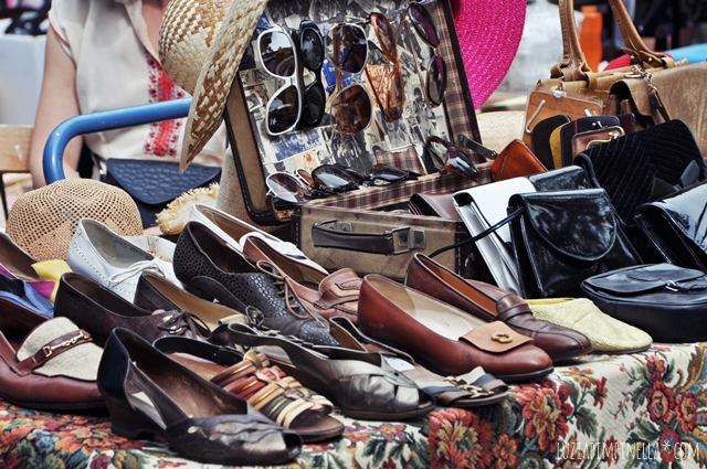 luzia pimpinella blog | travel berlin | vintage schuhe auf dem flohmarkt mauerpark| vintage shoes on the flea market mauerpark