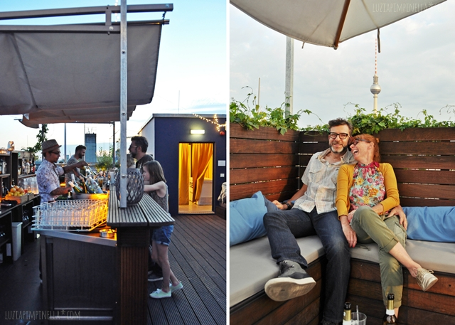 luzia pimpinella blog | travel | sundowner auf der dachterrasse des hotel amano berlin | sundowner at the rooftop bar of the amano hotel berlin