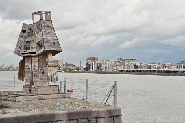 luzia pimpinella | travel | antwerpen - schelde spaziergang  | antwerp - a walk along the scheldt river