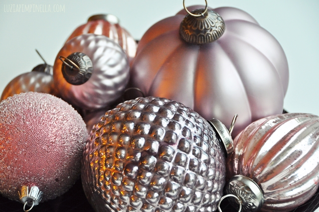 luzia pimpinella | weihnachtskugeln in puderrosa | christmas ornaments in powdery pink
