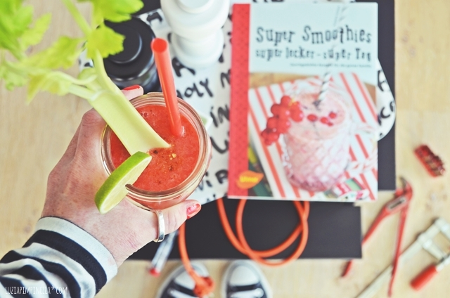 rezept | bloody mary smoothie und buch giveaway | luziapimpinella.com