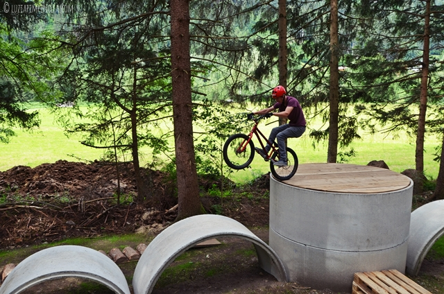 luzia pimpinella | travel | abenteuer in osttirol: trial bike adventurepark ainet