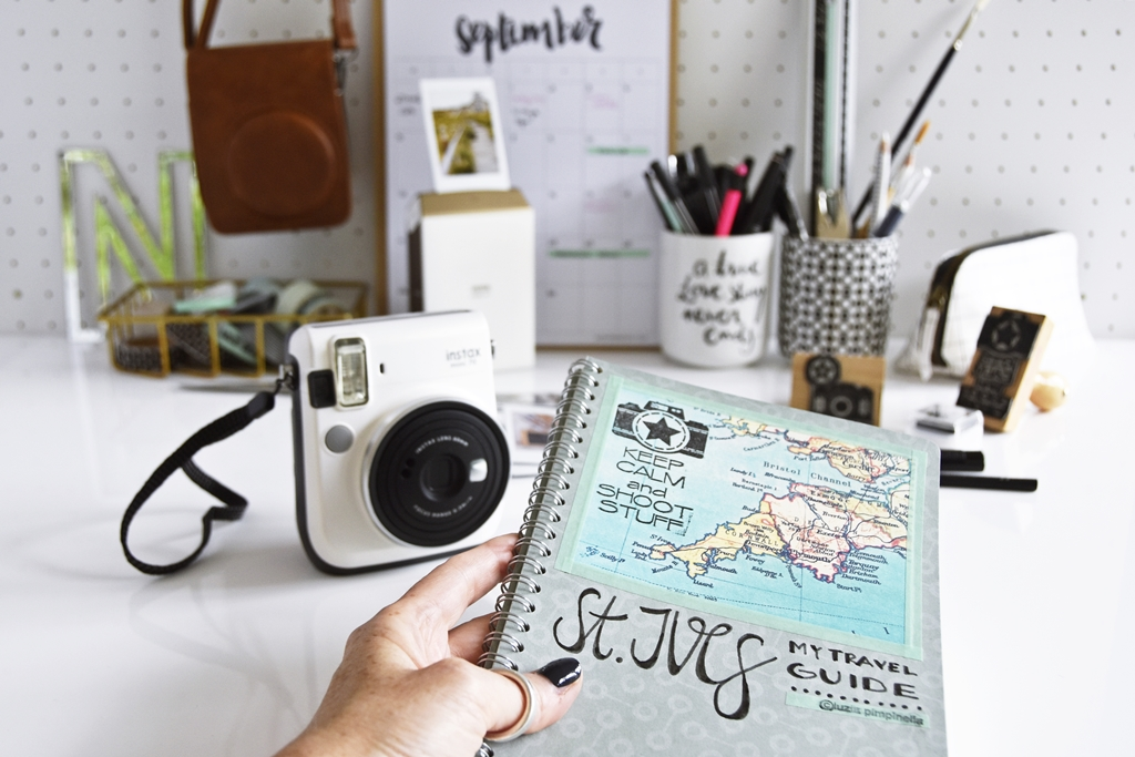 DIY- Handlettering St. Ives Travel Guide & Fuji Instax Mini 70 Giveaway #instaxyourlife | luziapimpinella.com