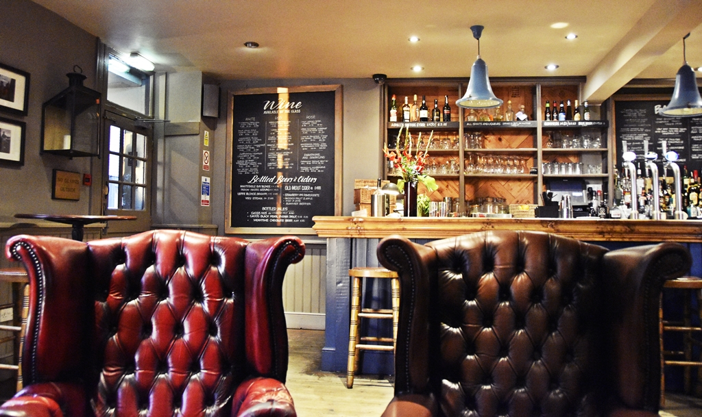 Südengland Roadtrip | Whitstable in Kent - Restaurant & Pub Tipp: The Pearsons Arms | Travel with luzia pimpinella