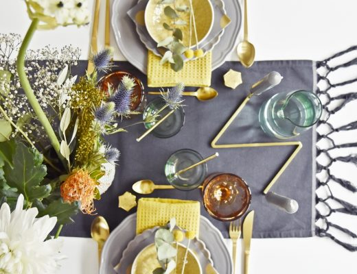 Home Interior | Unsere Tischdeko Weihnachten 2016 in grau & senfgelb - grey & yellow X-Mas Table Setting | luzia pimpinella