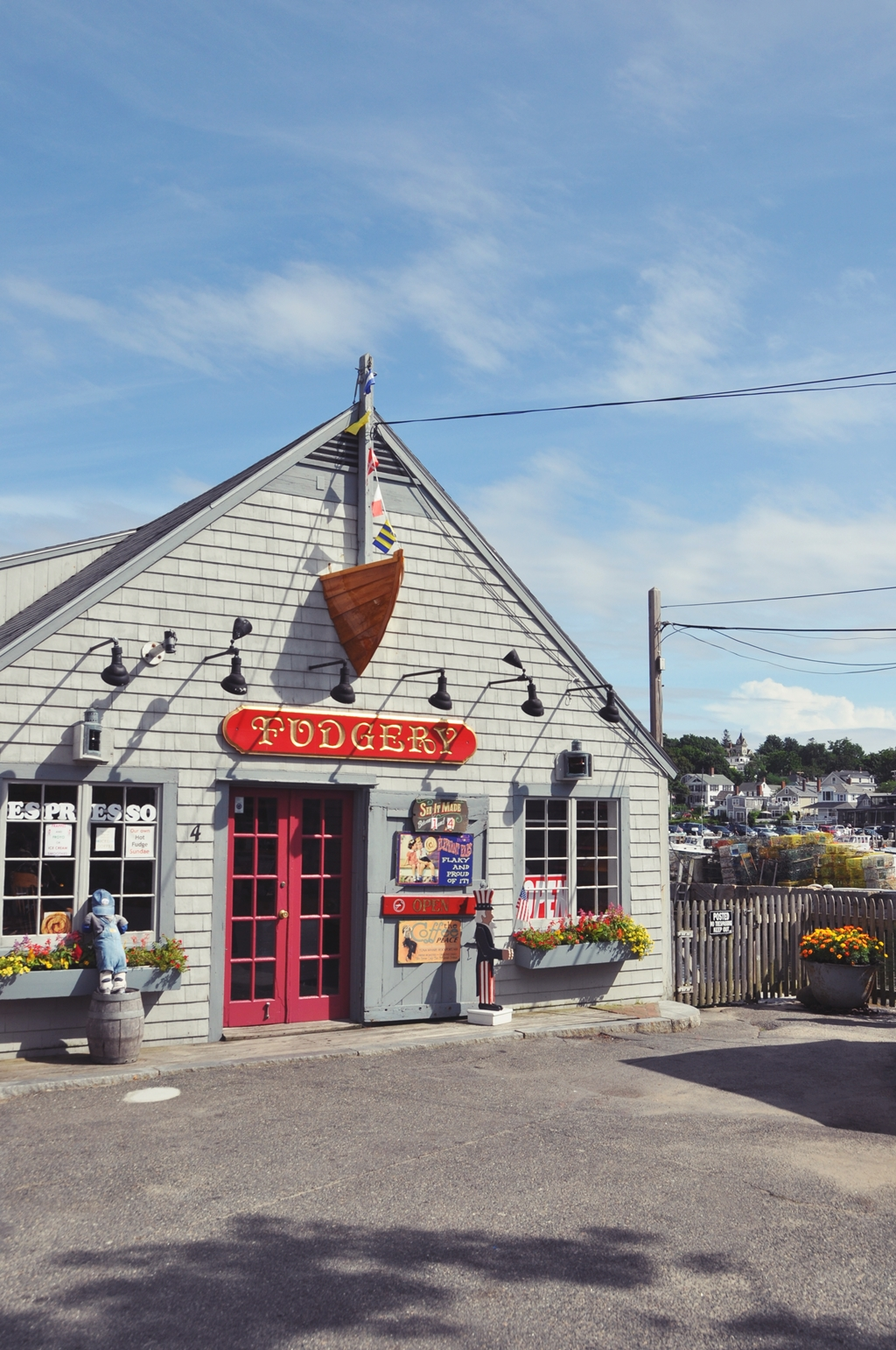 Travel | Unser Neuengland Roadtrip - die Fudgery in Rockport Massachusetts | luziapimpinella.com